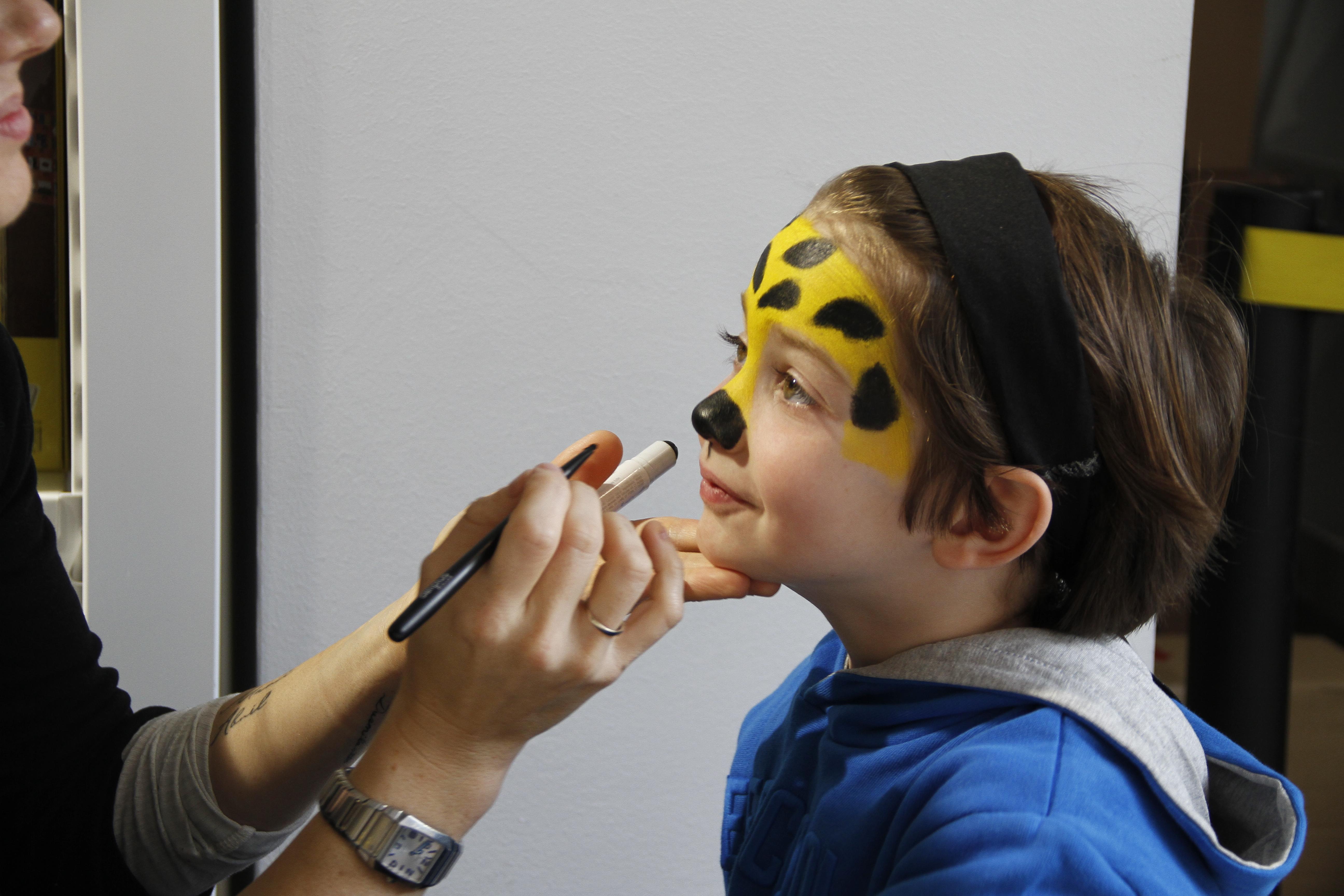 maquillando morro leopardo