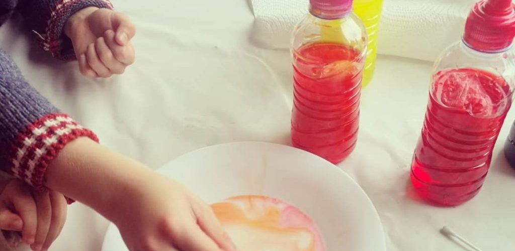 tecnica pouring con niños