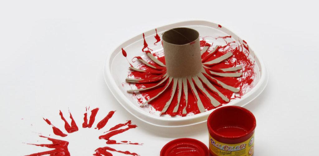 pintar flores con rollos de cartón